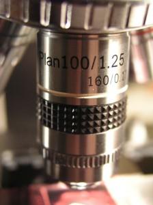 Objektiv Plan 100x mit Irisblende